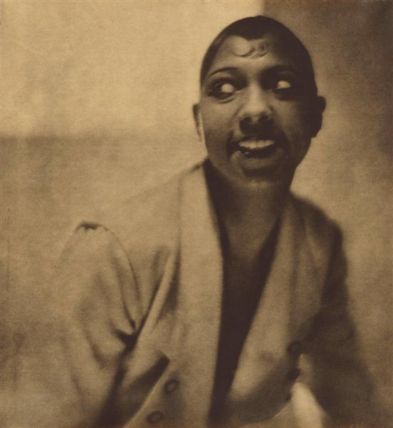 Portrait of Josephine Baker, 1925 - Adolph de Meyer