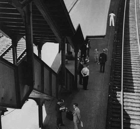 Poughkeepsie, New York, 1937 - Andre Kertesz