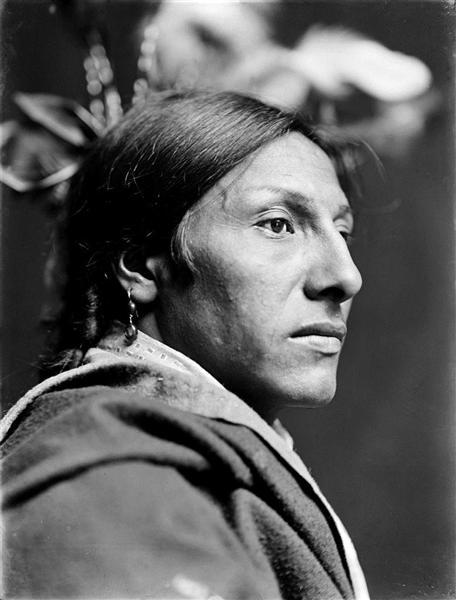 Amos Two Bulls, Dakota Sioux Indian, 1900 - Gertrude Kasebier