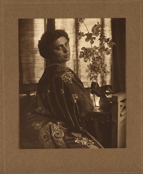 Lucille Thomajon - Gertrude Kasebier