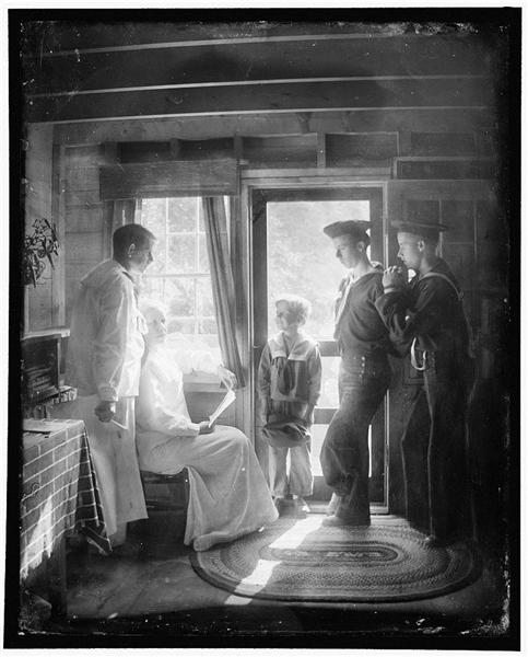 The Clarence White Family in Maine - Gertrude Kasebier