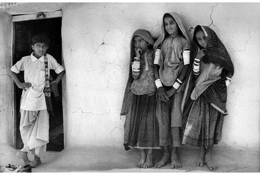 A boy and three girls of the Chamar community, Kutch, Gujarat, 1975 - Jyoti Bhatt