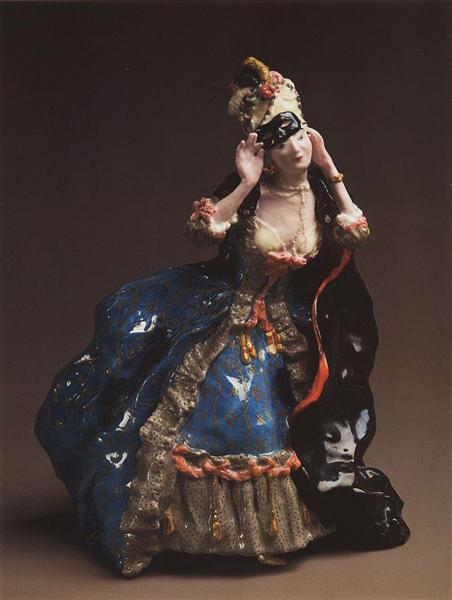 Konstantin Somov, Lady taking off a mask, porcelain, 1906, Odessa Finearts museum, Odessa, Ukraine.