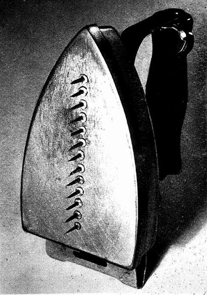 The Gift, 1921 - Man Ray